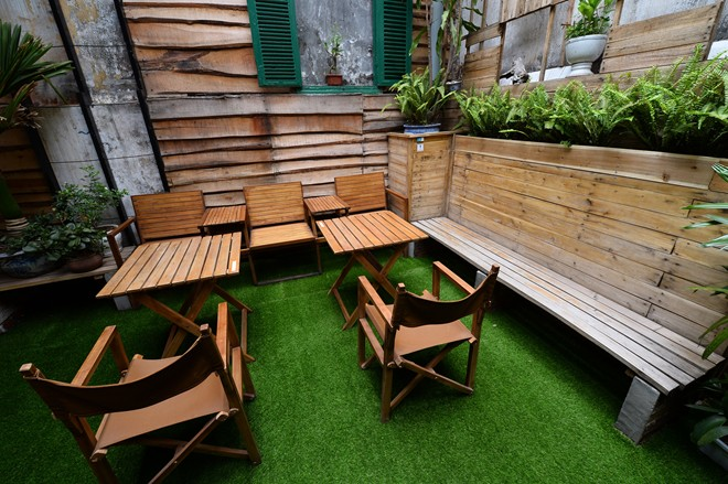Artificlal Grass for Cafes